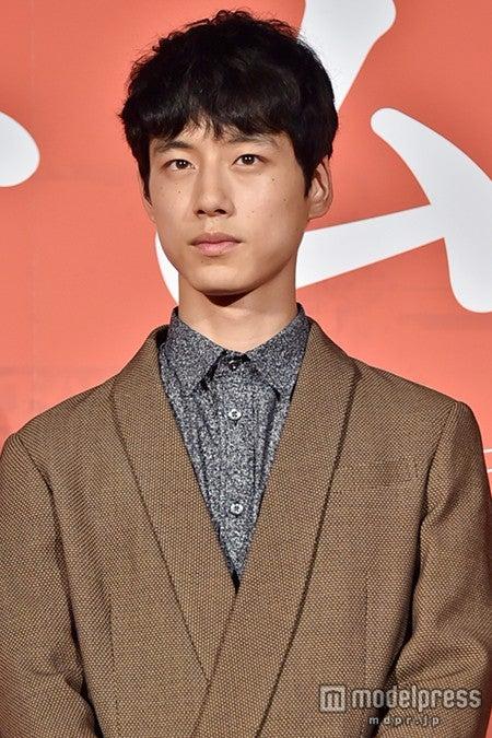 坂口健太郎、共演者が絶賛「鬼気迫る感じがあった」 難役に自身も手応え【モデルプレス】