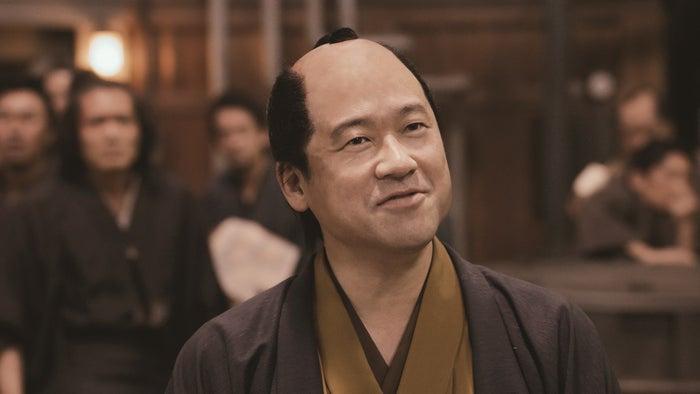 吉沢は『銀魂』で一番お気に入りのシーンについても、武市変平太(佐藤二朗)のシーンを挙げていた(C)空知英秋/集英社 (C)2017 映画「銀魂」製作委員会
