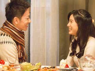 佐藤健&土屋太鳳、微笑ましいクリスマスデートに胸キュン<8年越しの花嫁 奇跡の実話>