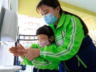 中国本土のコロナ新規感染者は5人、無症状3人