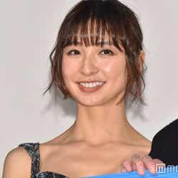 """モデルプレス - 篠田麻里子、車中の""""濡れ場""""が今年の仕事始めだった「覚悟を決めた」<ビジランテ>"""