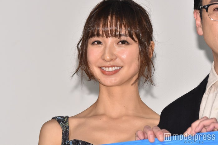 篠田麻里子 (C)モデルプレス