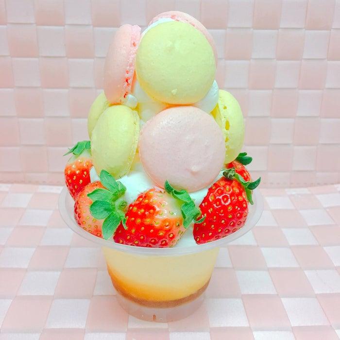 でらパフェ 名古屋マカロンタワー/画像提供:ふるさと祭り東京実行委員会