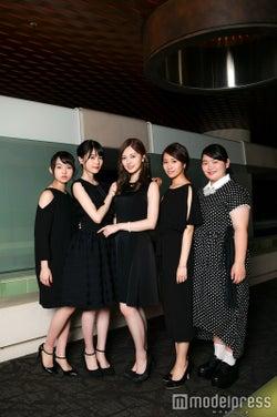 左から:伊藤万理華、生田絵梨花、白石麻衣、桜井玲香、富田望生(C)モデルプレス
