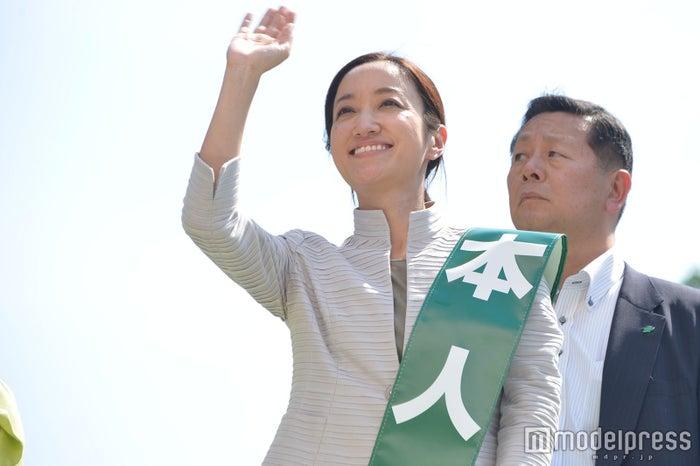 斉藤れいな /写真:5月21日街頭演説会にて撮影 (C)モデルプレス