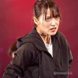 菅井友香(C)モデルプレス