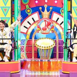 上地雄輔、青山テルマ (C)TBS
