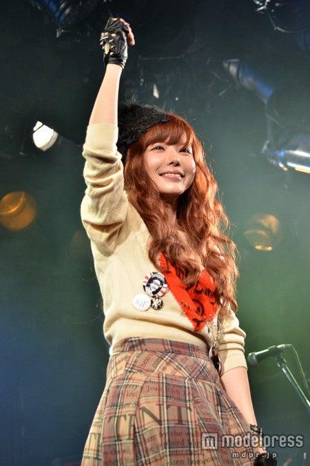 """自身初の東名阪ツアーを大成功におさめた""""Milky Bunny""""(ミルキーバニー)こと益若つばさ"""