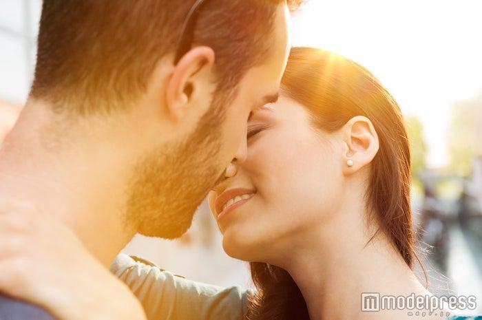 キスの仕方でわかる彼の本気度チェック 唇から愛情の度合いを推測!(photo by Rido/Fotolia)