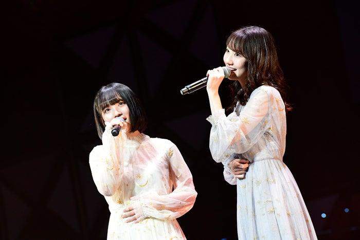 矢作萌夏、柏木由紀「第8回 AKB48紅白対抗歌合戦」(C)AKS