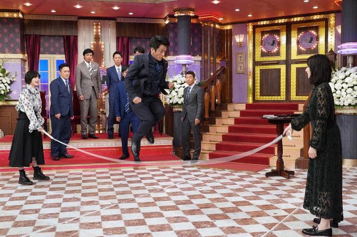 平手友梨奈&北川景子と長縄に挑戦 (C)日本テレビ