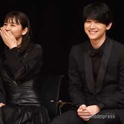 中井貴一と舘ひろしの絡みに笑ってしまう長澤まさみと吉沢亮(C)モデルプレス