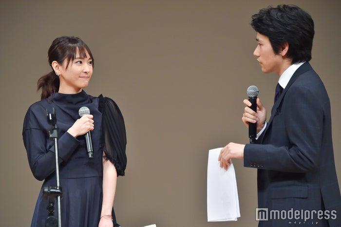 新垣結衣、松山ケンイチ (C)モデルプレス