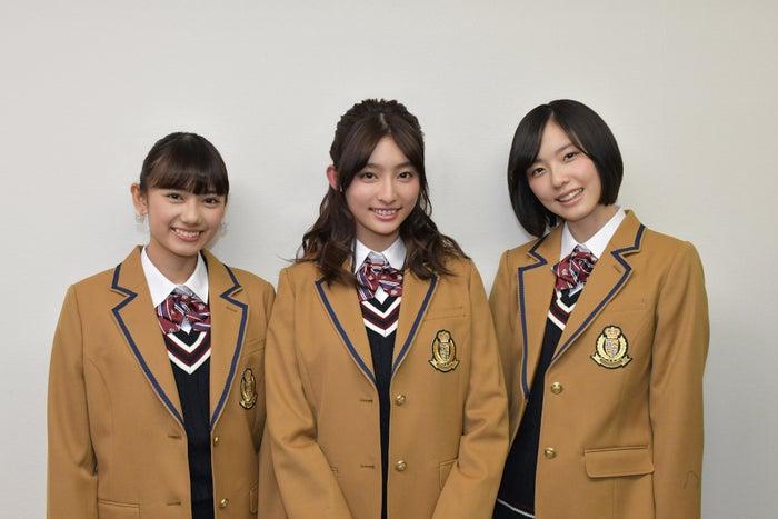 (左から)黒崎レイナ、吉川愛、加藤小夏(C)TBS