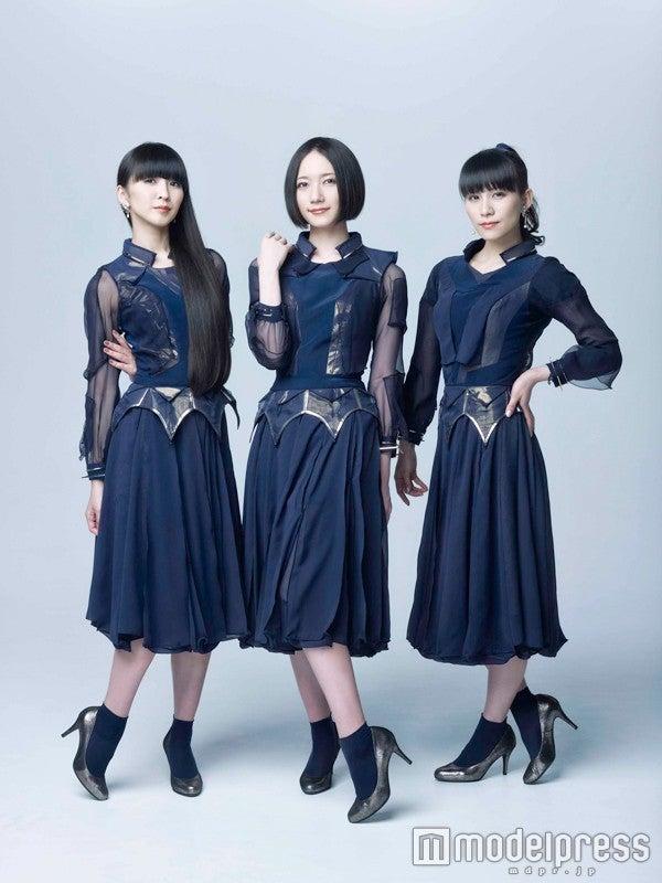 Perfume×伊勢丹で話題 踊れる「ダンスヒール」に春の新色登場(C)Amuse