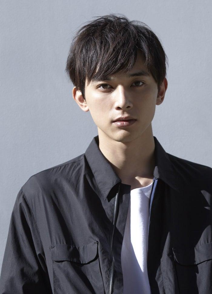 「神戸コレクション2017S/S」に出演する吉沢亮