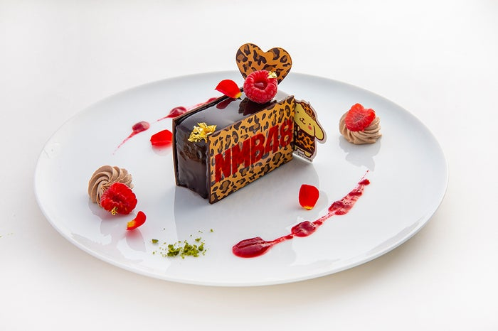 NMB48×ポムポムプリンのチョコレートケーキ 700円 (提供画像)