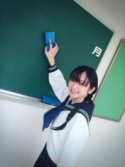 安達祐実のセーラー服姿が可愛すぎる(C)テレビ朝日