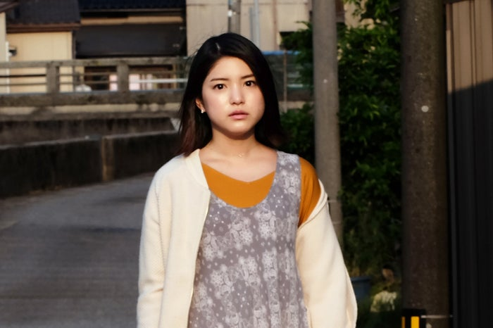 川島海荷/「琥珀」より(C)テレビ東京