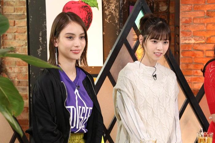 (左から)滝沢カレン、西野七瀬(写真提供:カンテレ)