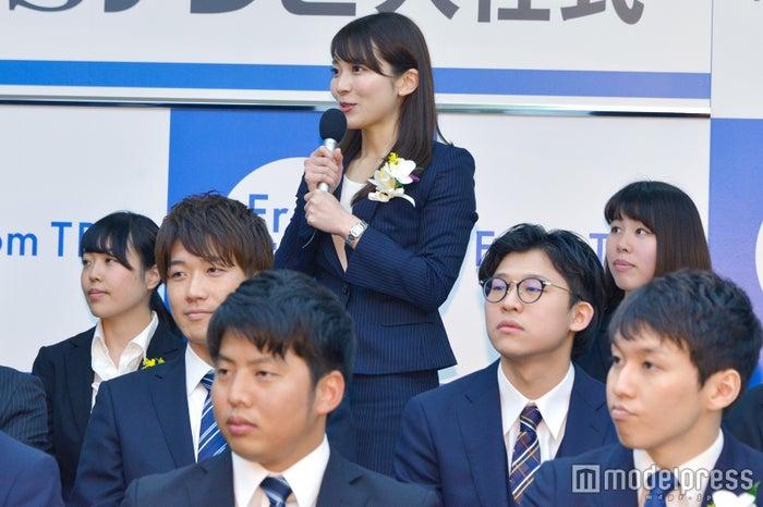 長谷川博己へ質問を寄せた山本アナ (C)モデルプレス