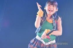 「投げキッスで撃ち落とせ!」小林蘭/AKB48柏木由紀「アイドル修業中」公演(C)モデルプレス