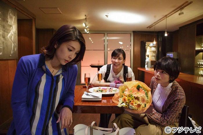 「かもしれない女優たち」に出演する(左より)竹内結子、水川あさみ、真木よう子(C)フジテレビ