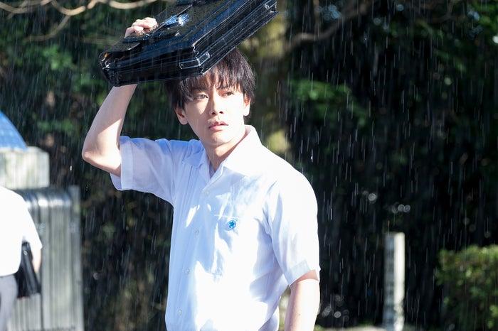 佐藤健/「半分、青い。」第1週より(C)NHK
