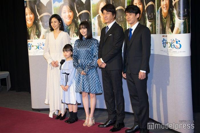 松嶋菜々子、粟野咲莉、広瀬すず、草刈正雄、藤木直人(C)モデルプレス