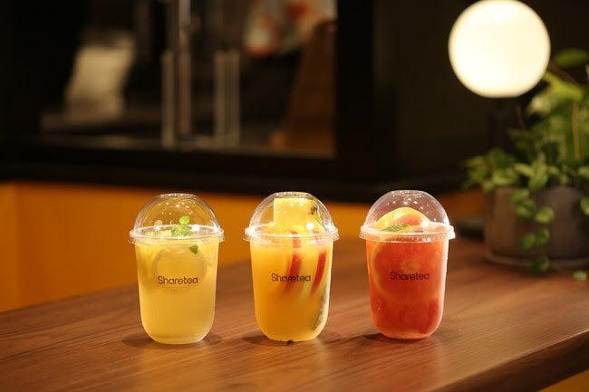 フルーツティー(左から:レモンモヒーティー・フルーツティー・グレープフルーツティー)/画像提供:スシローグローバルホールディングス