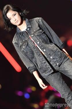 藤井萩花(C)モデルプレス
