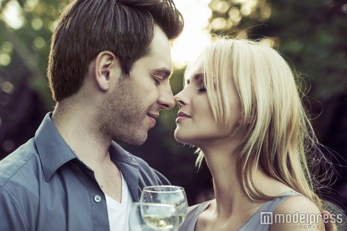 我慢できない!男性が一瞬でムラムラするデート終わりの悶絶ワード4つ(Photo by konradbak/Fotolia)