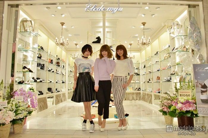 (左から)「ViVi」専属読者モデルの「ViVi girl」・寒川綾奈、「Ray」専属読者モデル・新部宏美、読者モデル・石田美奈子