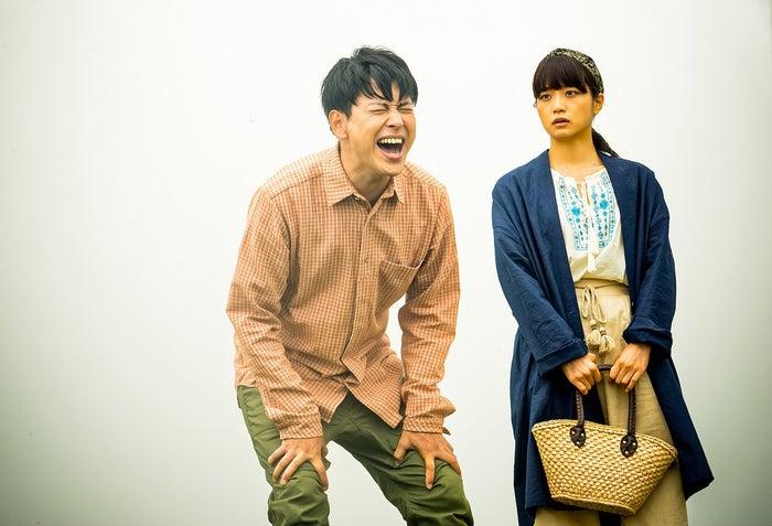 深川麻衣、山下健二郎(C)2017映画「パンとバスと2度目のハツコイ」製作委員会
