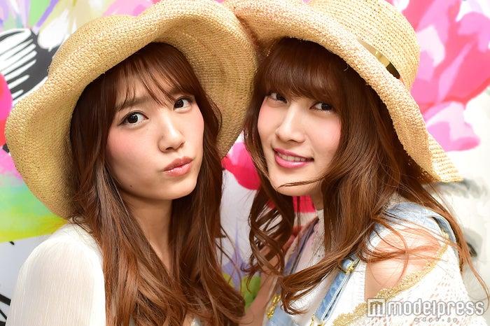 モデルプレスのインタビューに応じた加藤玲奈(左)と入山杏奈(右)/ (C)モデルプレス