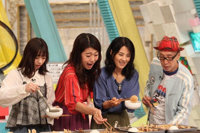 (左から)西野七瀬、横澤夏子、井森美幸、テリー伊藤/「全部揃えてみます。 ~ちょっと自慢できる雑学テレビ~」(C)フジテレビ