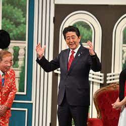 モデルプレス - 安倍首相、吉本新喜劇にサプライズ出演 会場どよめき
