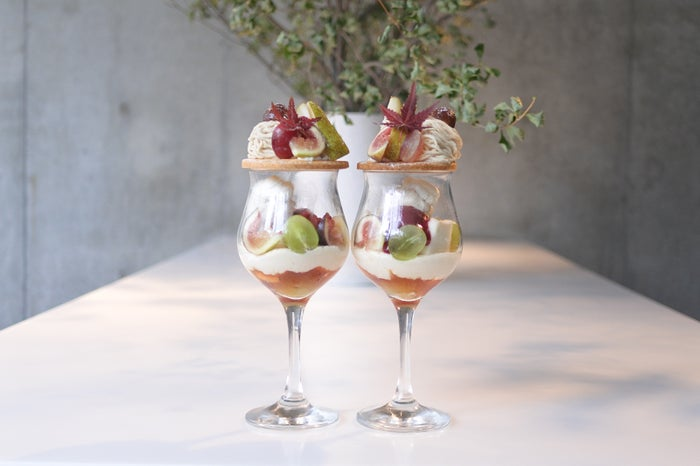 パルフェ・マロン -洋梨と季節の果物-/画像提供:L&H