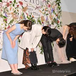 (左から)松木エレナ、志田彩良、田中圭、岡崎紗絵、今泉力哉監督(C)モデルプレス