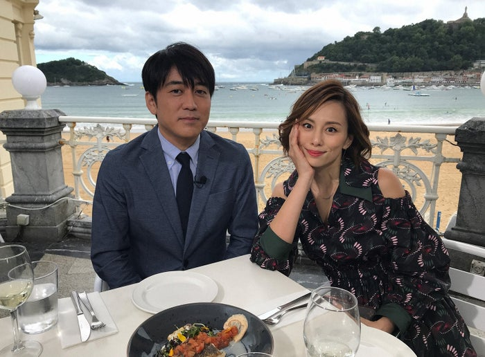 (左から)安住紳一郎アナ、米倉涼子(C)TBS