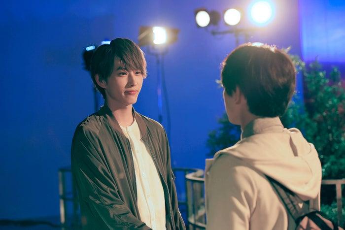 頼と昴が対峙するシーンの緊迫感も見どころ(C)2018 白石ユキ・小学館/「あのコの、トリコ。」製作委員会