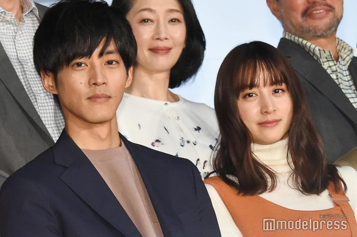 松坂桃李、山本美月(C)モデルプレス