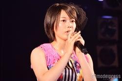 早坂つむぎ/井上ヨシマサ「神曲縛り」公演(C)モデルプレス