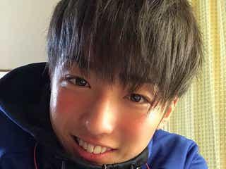 """【注目の人物】ごく普通のサッカー少年がTikTokでスターに """"他撮り""""&ピュアな笑顔で人気爆発の馬場海河"""
