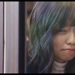 島崎遥香/AKB48「Green Flash」MVより(C)AKS