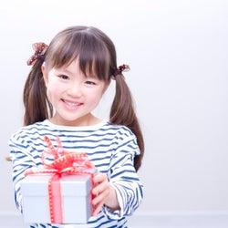 娘にサマンサタバサ!親戚からの高額プレゼントにママは…?