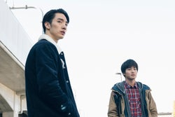 清水尋也、野村周平/「電影少女」第5話より(C)「電影少女2018」製作委員会