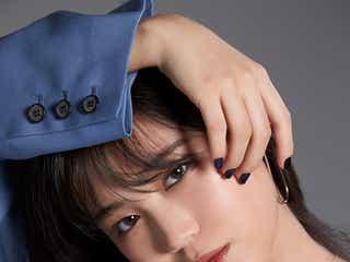 "E-girls鷲尾伶菜、ソロ名義""伶""に込めた思い明かす「母が…」"