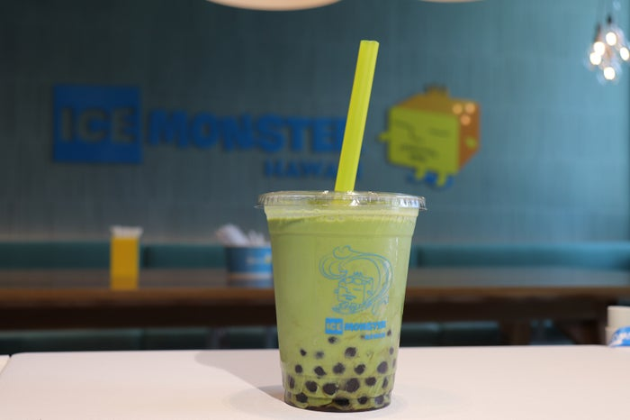 ボバ抹茶ミルク$5.95/画像提供:ICE MONSTER HAWAII LTD.
