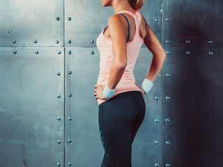 【美尻エクササイズ】肩甲骨を寄せるエクササイズで「ヒップライン」が変わる!